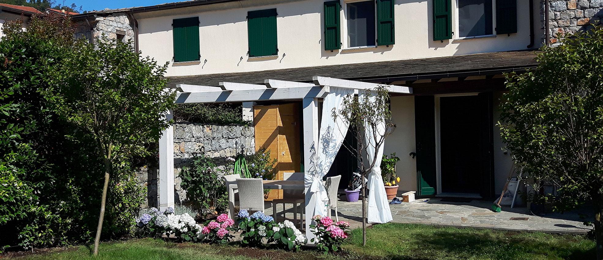 Immediato Entroterra Cinque Terre, 15 minuti da Monterosso, Deliziosa Abitazione con Giardino